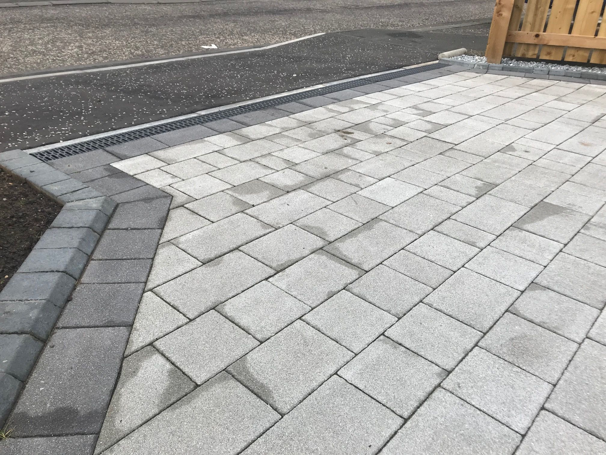 block paving contractors in Harrietsham