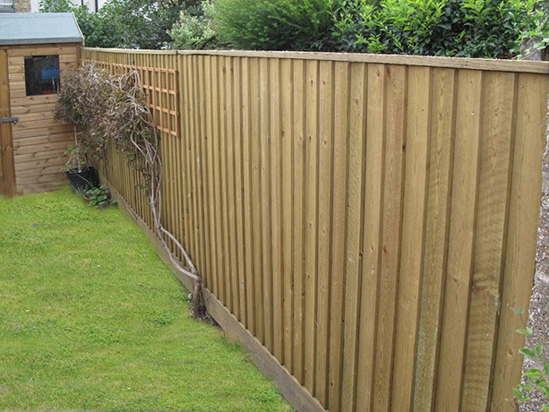 Maidstone fencing installation