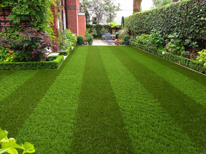 garden turf specialists in Rustall